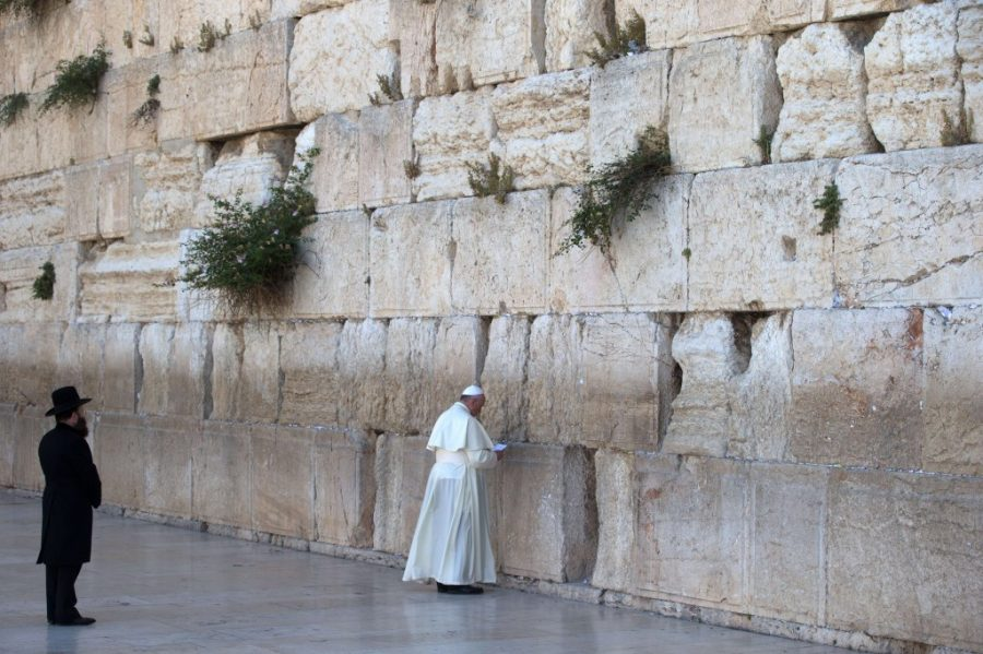 The+Pope%E2%80%99s+Visit+to+the+Holy+Land%3A+Controversy+and+Progress