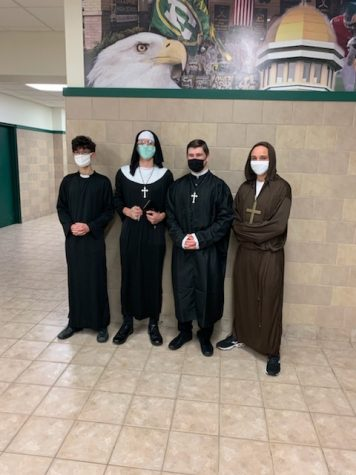 The SEHS Halloween Scene: Friday October 30, 2020